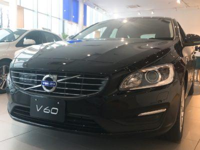 V60T4Tack 展示車のご紹介