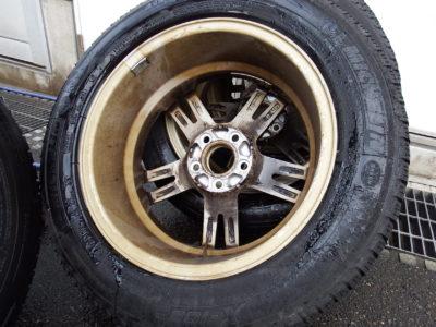 タイヤ交換の季節がやってまいりました!